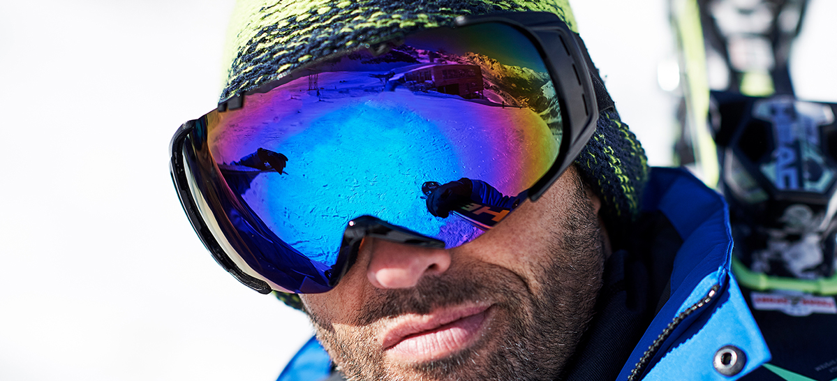 d030bf4d0c4 How to Choose Ski Goggles and Sunglasses