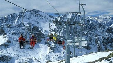 Monterosa Offer Free Ski Passes