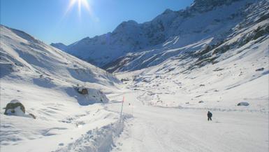 First Ski Trip: 8 Ski Gear Tips I Wish I Knew